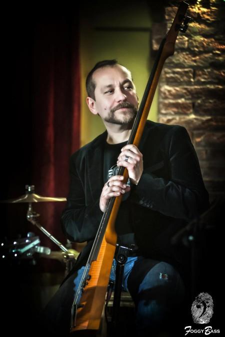 Riccardo Foggy Biliotti, Bassista professionista e Liutaio in Siena